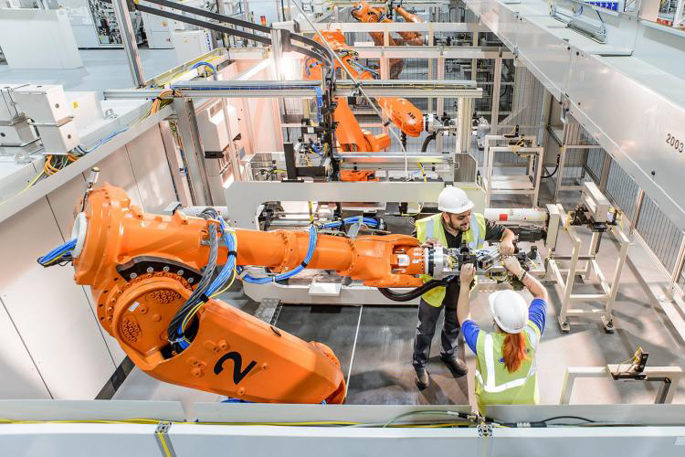 Programming of ABB robots for FORD in UK
